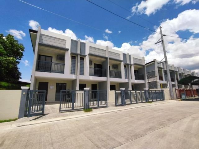 Sure Approval Valid Ids Only In House Financing Townhouse