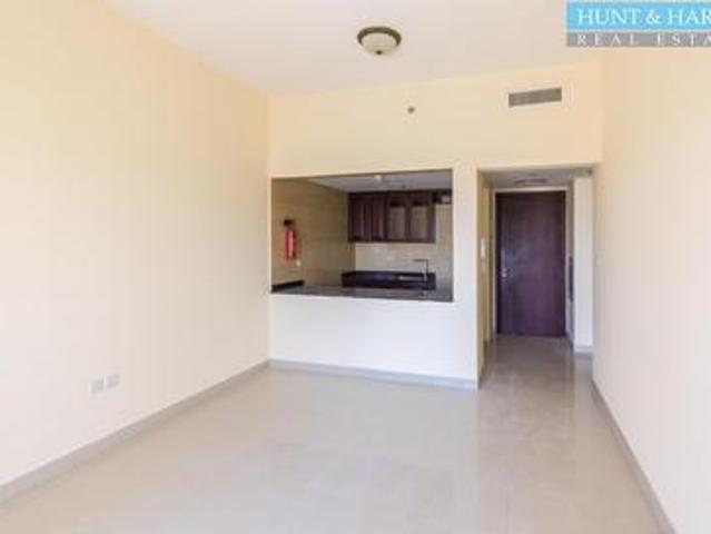 Tenanted | Golf View One Bedroom | Priced To Sell