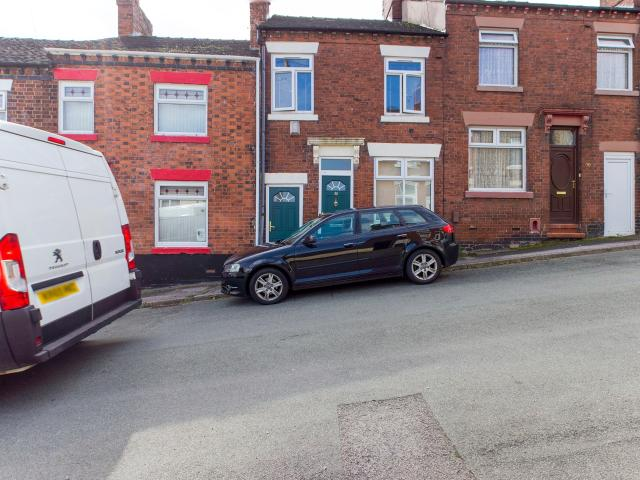 Terraced 2 Bedroom House To Rent In Emberton Street, Chesterton, Newcastle, Staffordshire ...