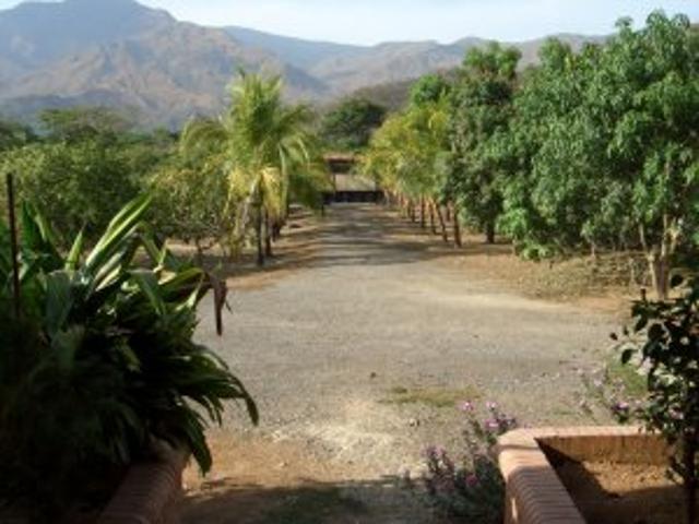 Terreno San Diego Rentahouse Guaparo