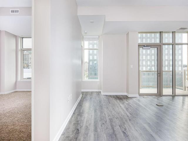 The Avenue District Phase I 3 Bedroom Apartment For Rent At 1211 Saint Clair Ave Ne, Cleve...