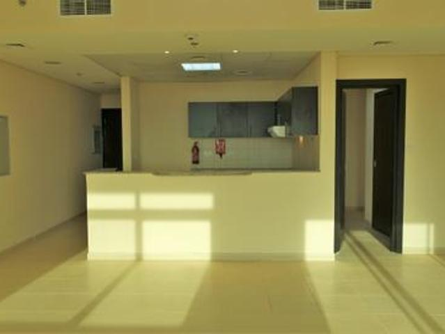Perfect For Your Family: Largest 1br Near Mosque!