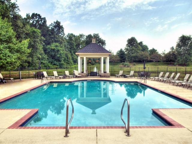 The Bradford At Easton Apartments 2 Bedroom Apartment For Rent At 4150 Silver Springs Ln, ...