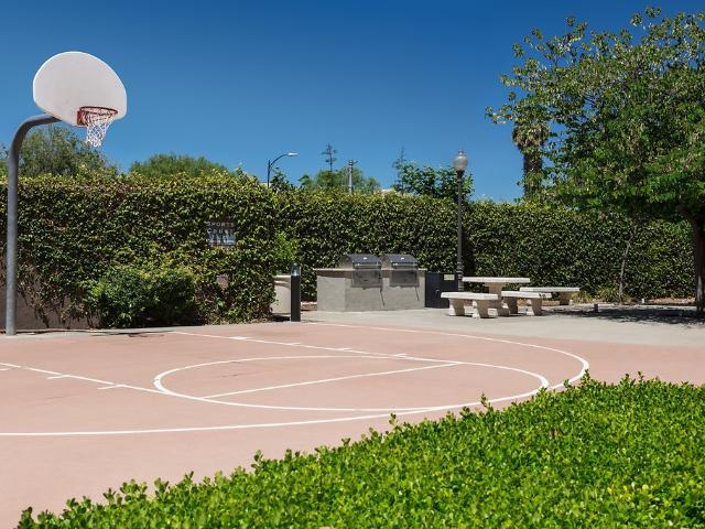 The Esplanade 1 Bedroom Apartment For Rent At 350 E Taylor St, San Jose, Ca 95112 Downtown...