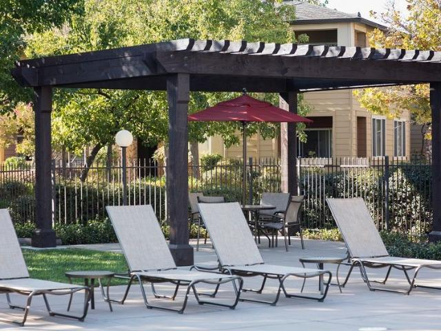 The Legends At Willow Creek 1 Bedroom Apartment For Rent At 180 S Lexington Dr, Folsom, Ca...