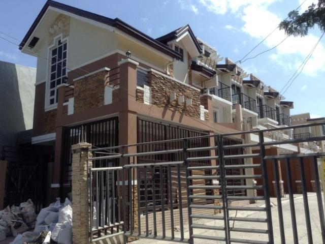 The Newtownhouses In Northwest Bf Homes, Paranaque City