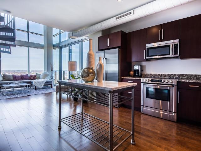 The Vue Charlotte On 5th 2 Bedroom Apartment For Rent At 215 N Pine St, Charlotte, Nc 2820...