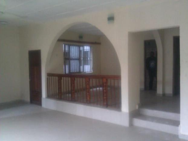Three Bedroom House To Let Deed Of Convenience