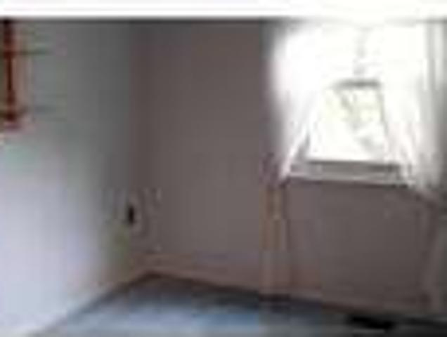 Three Br 2. Five Ba Townhouse Well Situated Close To George Mason University