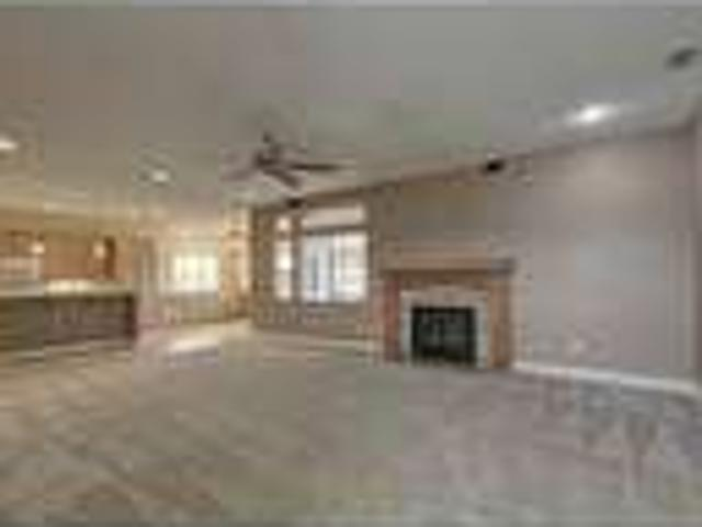 Three Br House In Lancaster!