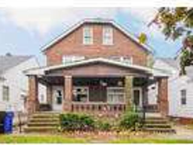 Three Br In Cleveland Oh 44105