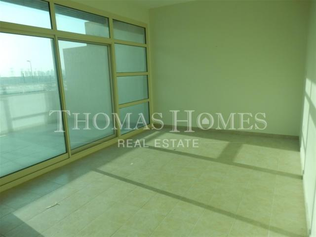 Three Level Town House In Jvc Aed 3,145,500
