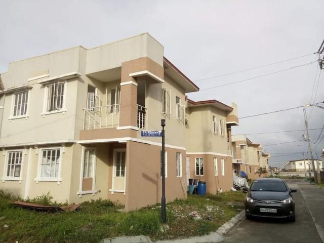 Titled Residential House And Lot For Sale In Cavite, Philippines