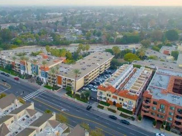 Top Floor One Bedroom Apartment With Views Available Now Sherman Oaks, Ca
