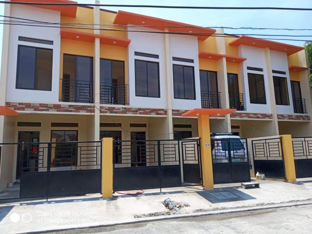 Town House For Sale In Paranaque