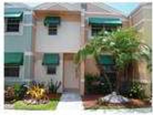 Townhouse For Rent!