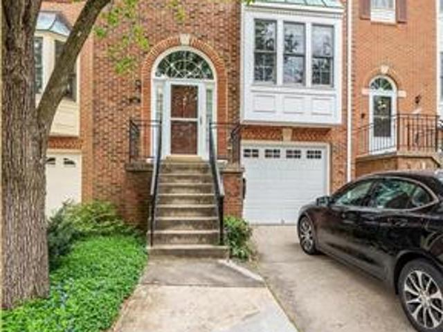 Townhouse For Rent In Tysons Corner