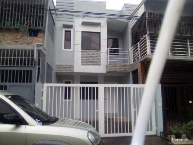 Townhouse For Sale !
