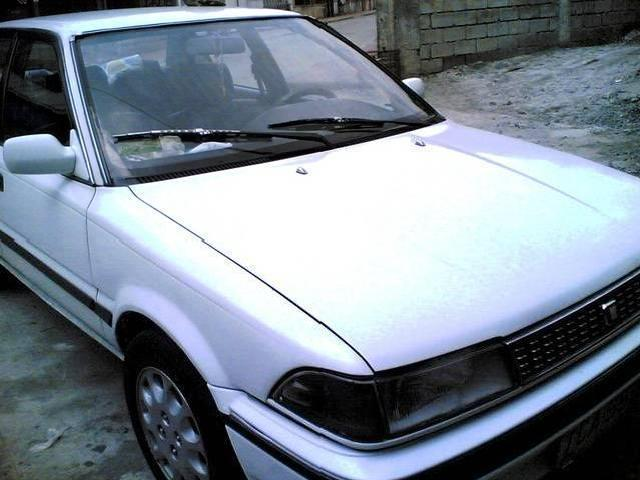 <strong>Toyota</strong> <strong>Corolla</strong> 1991