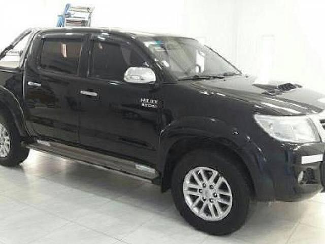 Toyota hilux 2013 toyota hilux 3 0 s r v ful ful