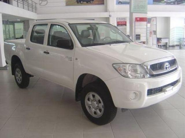 Toyota hilux con trabajo chevrolet dmax nissan frontier mazda bt50