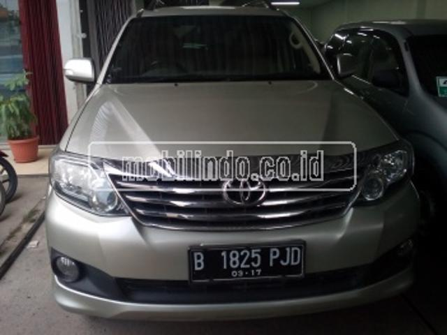 Toyota new fortuner 2 7 g lux at 4x new fortuner