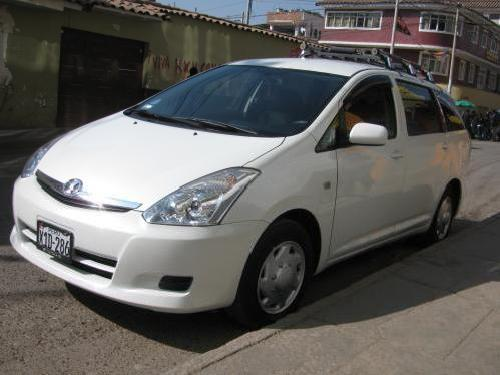 <strong>Toyota</strong> <strong>Wish</strong> 2007 3 Filas $14900