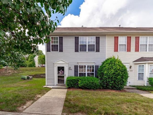 Transitional, Townhouse, Attached Wake Forest, Nc 27587
