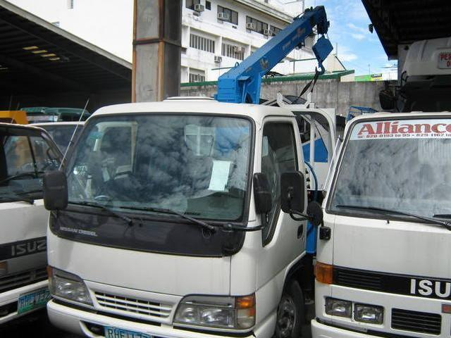 Trucks directly import from japan as is or reconditioned