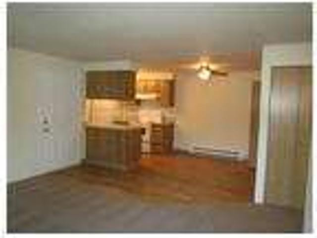 Two Br Apartment We Are Conveniently Located Just Blocks Away From 18