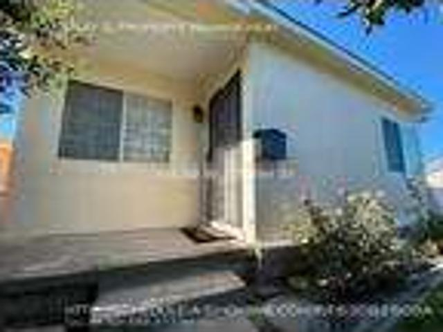 Two Br In Compton Ca 90220