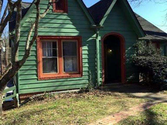 Two Br In Hendersonville Nc 28739
