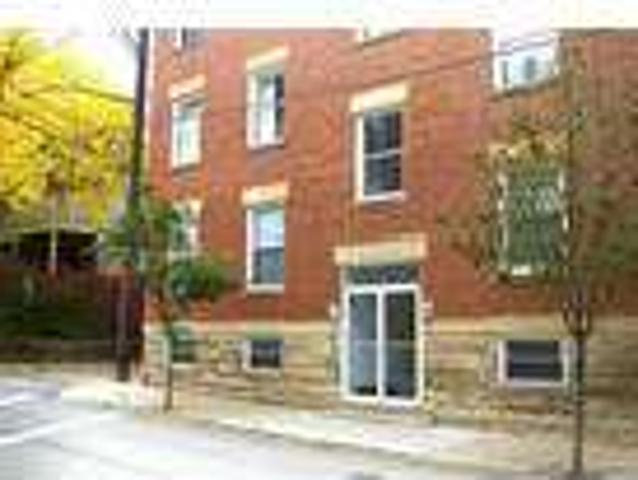 Two Br In Pittsburgh Pa 15232