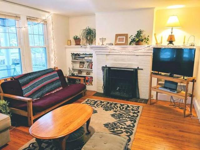 Two Rooms Available Near Downtown Northton Northton