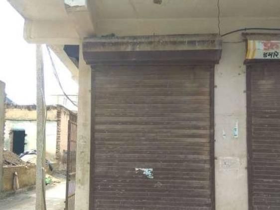 Two Side Open Shop Having A Area Of 8 20 160sq