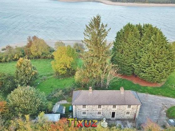 Blessington Holiday Rentals & Homes - County Wicklow, Ireland