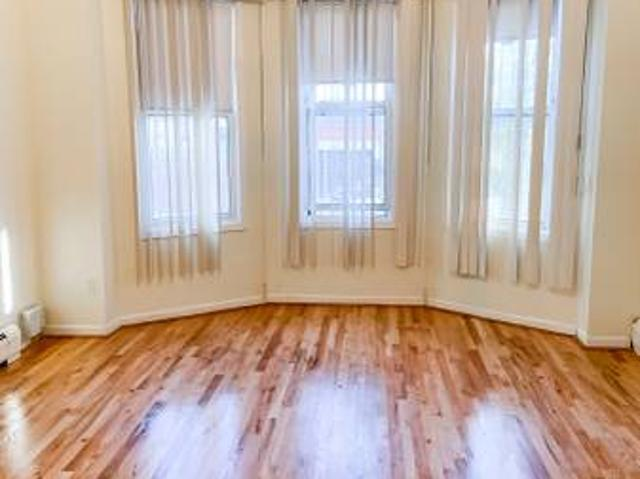 Union City Three Beds Apartment For Rent Union City