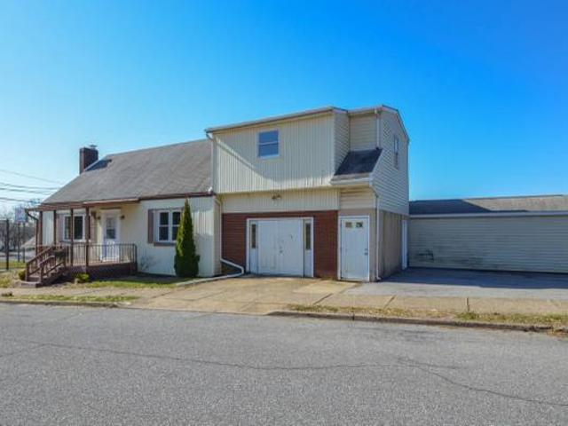 Unique Property Centrally Located On A Large Corner Lot Bethlehem, Pa