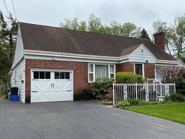 Unreserved Real Estate Contents Auction 106 Church Parkway W North Syracuse, Ny