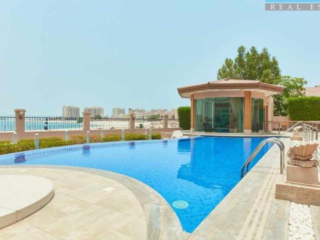 Upgraded Beach Front Villa With Private Pool Furnished