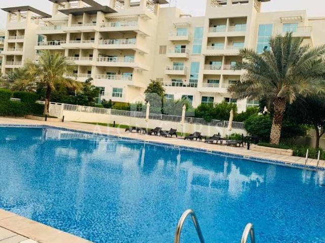 Vacant 3 Bed Plus Maids Duplex In Jumeirah Heights