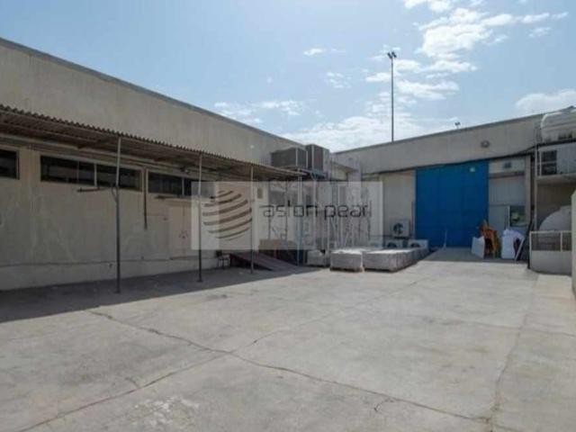 Vacant   Clean Warehouse In Deira open Shed no Tax