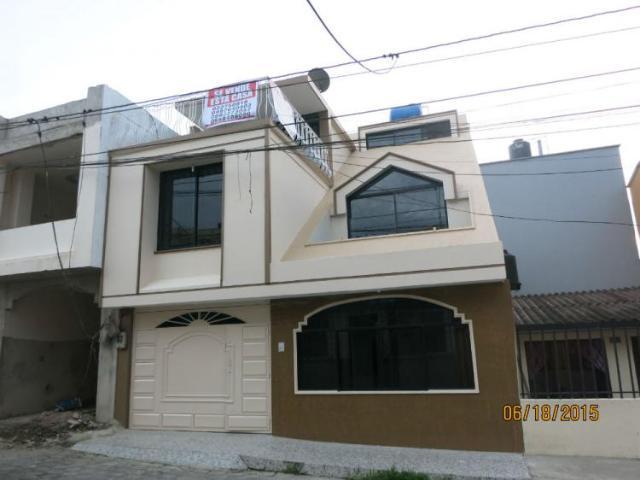 Vendo Casa De Tres Pisos Excelente Ubicacion! Casa En Venta En Santo Domingo Bombolí