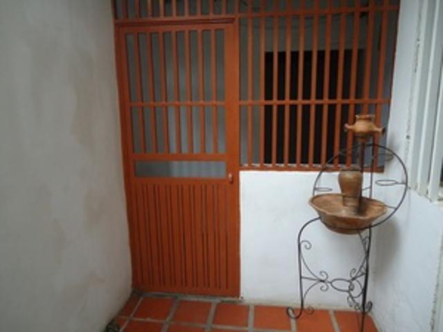 Vendo Casa En Ruiz Pineda Parroquia Caricuao