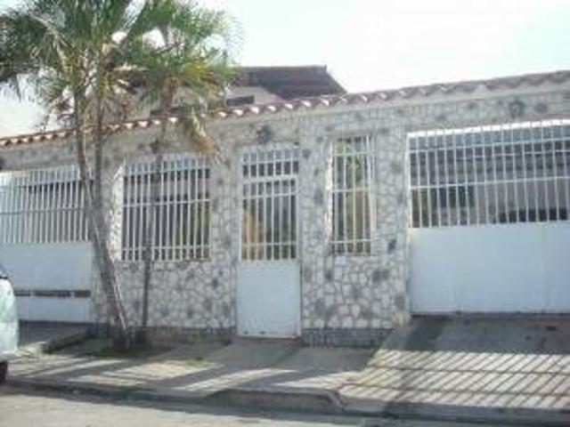 Vendo Casa En Urbaniacion Privada En Corinsa