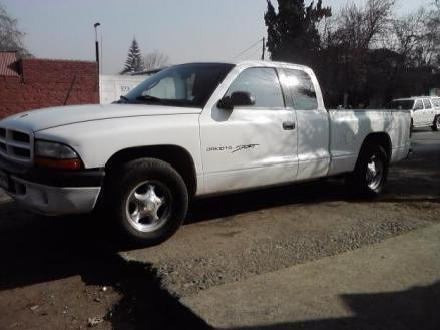 Vendo Dodge Dakota 2002