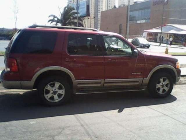 Vendo Ford Explorer Año 2004