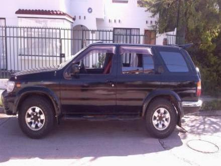 Vendo <strong>Jeep</strong> Nissan Terrano R3m R
