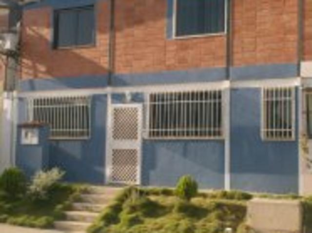 Vendo Lindo Town House En Charallave Listo Parar Ocupar