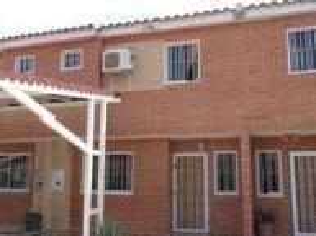 Vendo Town House San Diego Bs 1.890.000